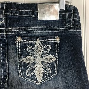 MAURICES Crop Jeans Distressed White Stitching